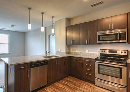The Canalside Apartments - Kitchen