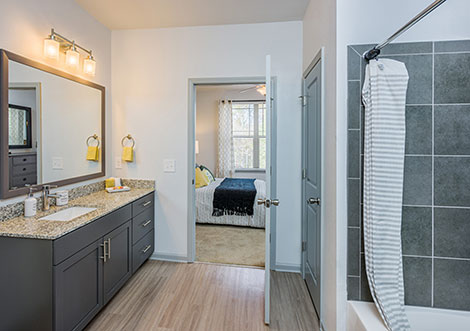 District South - Bathroom