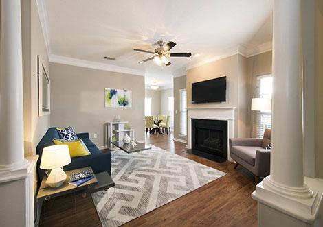 Legacy at Ballantyne - Living Room